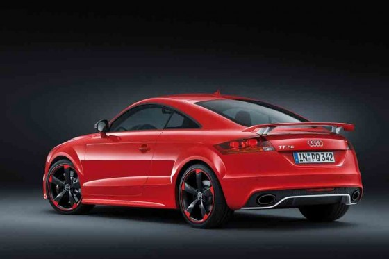 Audi-TT_RS_plus_2013_2