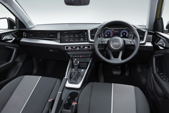 088_photo04_Audi_A1_Sportback_large