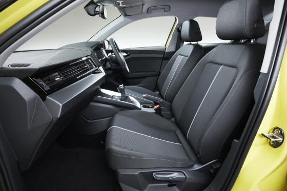 088_photo05_Audi_A1_Sportback_large